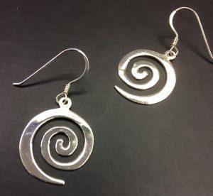 art earring spring trend
