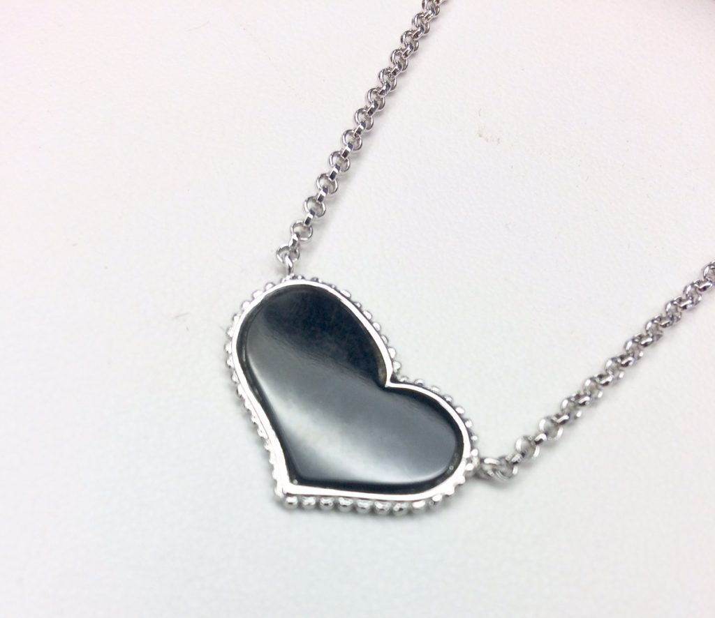 mother's day heart pendant