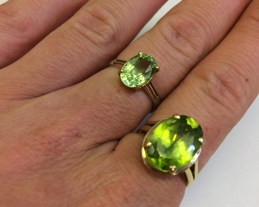 peridot rings in gold
